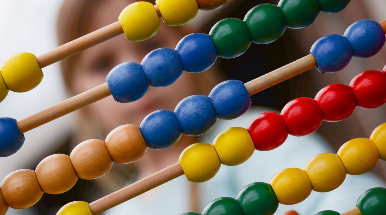 abacus-addition-arithmetic-1019470-1